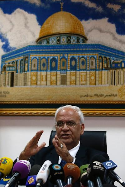 Palestinian chief negotiator and Secretary General of the Palestine Liberation Organisation, Saeb Erekat, speaks in the West Bank city of Jericho on February 15, 2017 (AFP Photo/AHMAD GHARABLI)