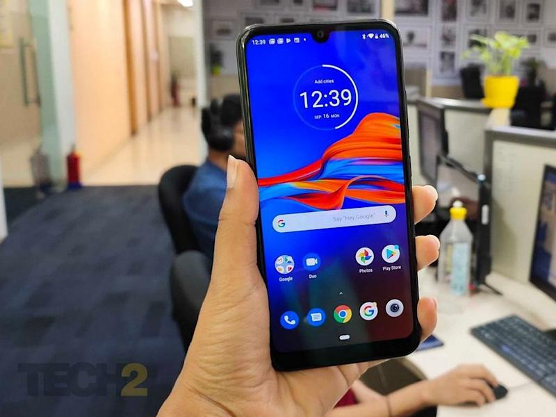 Moto E6s features a 6.1-inch HD+ Max Vision IPS display. Image: tech2/Nandini Yadav