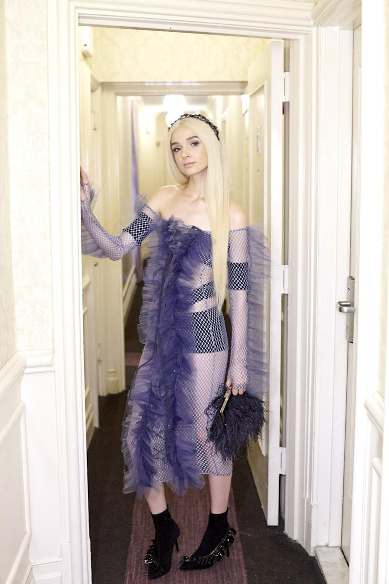 poppy irl meet the internet s most mysterious it girl as she takes