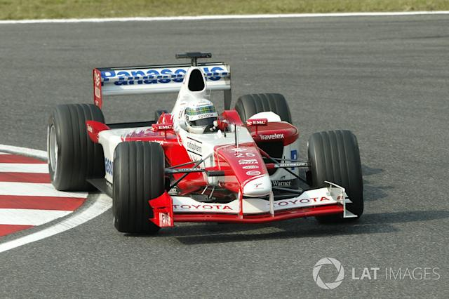 "#9 Toyota TF102 (2002) <span class=""copyright"">Sutton Images</span>"