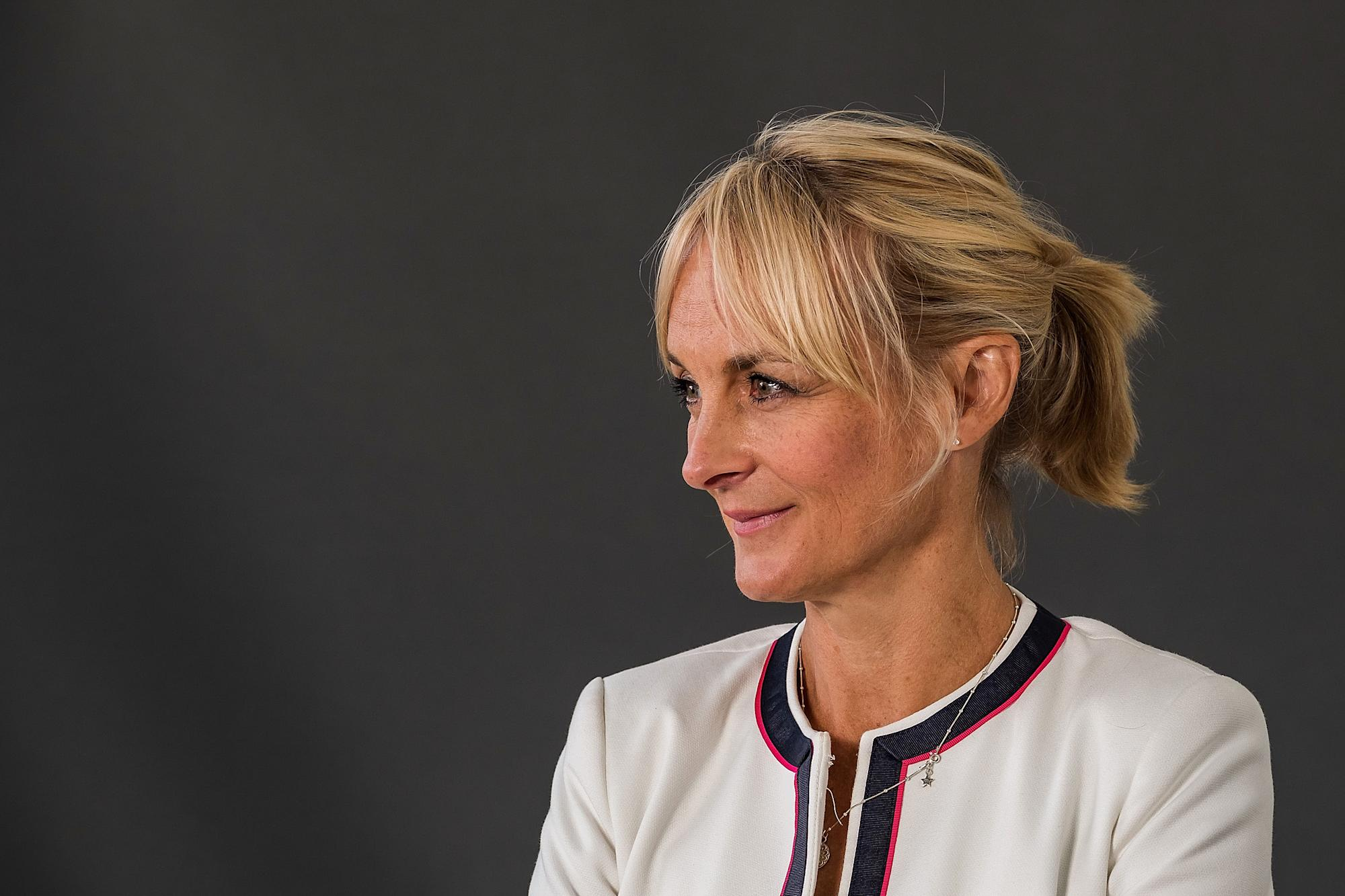 Louise Minchin deletes social media apps over online hate messages