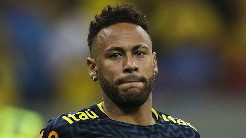 Griezmann sees Barcelona signing Neymar as 'difficult'