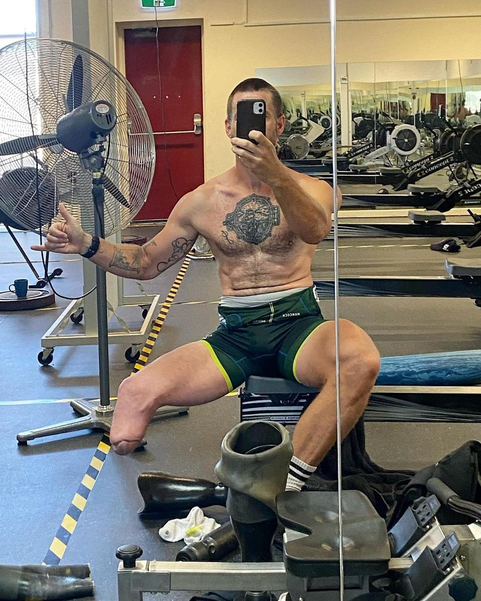 A selfie of Jed Altschwager at the gym