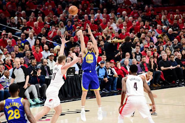 Klay Thompson shoots against the Portland Trail Blazers during Game 4 of the Western Conference finals. (Photo by Noah Graham/NBAE via Getty Images)