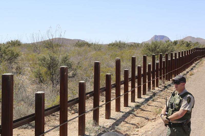 Congress Considers Another Option for Border Funding Fight: Skip It