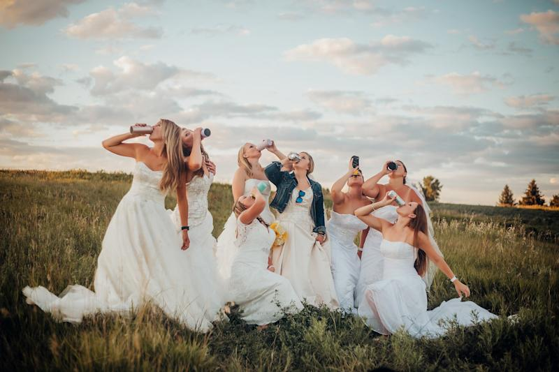 Widow Honors Her Late Husband in Wedding Dress Photo Shoot with Her Friends Drinking Beer