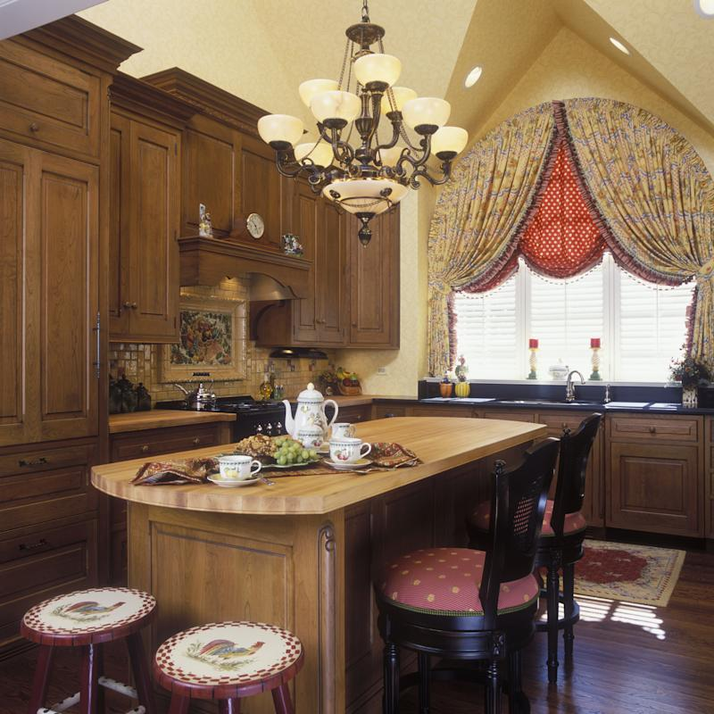 French Country Kitchen Accessories: French Country Kitchen Vs. English Country Kitchen