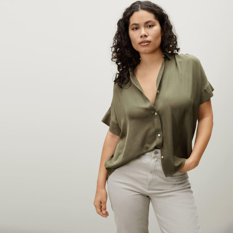 """<h2>Oversized Button-Downs</h2><br>Like I said in our latest <a href=""""https://www.refinery29.com/en-us/what-to-buy-with-100-dollars#slide-16"""" rel=""""nofollow noopener"""" target=""""_blank"""" data-ylk=""""slk:Most Wanted"""" class=""""link rapid-noclick-resp"""">Most Wanted</a>, I've been obsessed with this Everlane top since I got it. While the trend recommended is any oversized button-downs (think of your classic white with the sleeves rolled up). I highly recommend a silky, soft oversized top like this one that will flatter absolutely everyone while still being breezy for the summer heat. <br><br><br><em>Shop<strong><a href=""""https://www.everlane.com"""" rel=""""nofollow noopener"""" target=""""_blank"""" data-ylk=""""slk:Everlane"""" class=""""link rapid-noclick-resp""""> Everlane</a></strong></em><br><br><strong>Everlane</strong> The Japanese GoWeave Square Shirt, $, available at <a href=""""https://go.skimresources.com/?id=30283X879131&url=https%3A%2F%2Fwww.everlane.com%2Fproducts%2Fwomens-jpnse-goweave-light-square-shirt-bay-leaf"""" rel=""""nofollow noopener"""" target=""""_blank"""" data-ylk=""""slk:Everlane"""" class=""""link rapid-noclick-resp"""">Everlane</a>"""