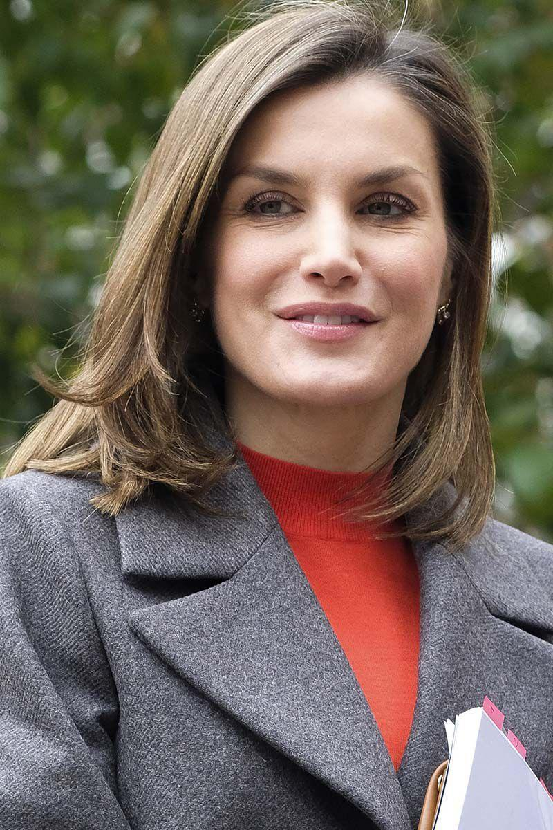 <p>Queen Letizia of Spain looked put together with a fresh chop, complete with face framing layers.</p>