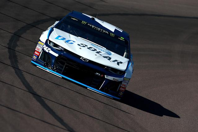 """<a class=""""link rapid-noclick-resp"""" href=""""/nascar/sprint/drivers/3156/"""" data-ylk=""""slk:Kyle Larson"""">Kyle Larson</a> was sponsored by DC Solar in 13 Cup Series races in 2018. (Photo by Sean Gardner/Getty Images)"""