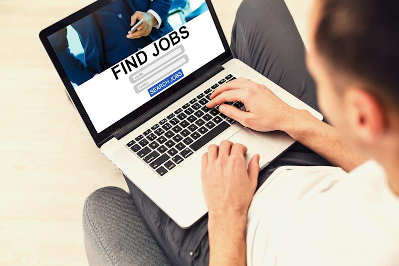 Ad blockers cover up online ads promoting fake jobs. (Photo: Getty)