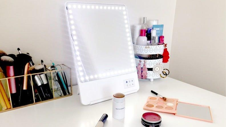 Best gifts for wives: Glamcor Riki Skinny Makeup Mirror
