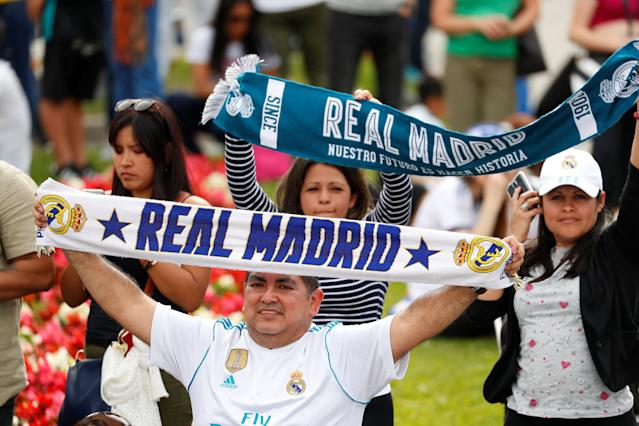 Soccer Football - Real Madrid celebrate winning the Champions League Final - Madrid, Spain - May 27, 2018 Real Madrid fans celebrate REUTERS/Paul Hanna