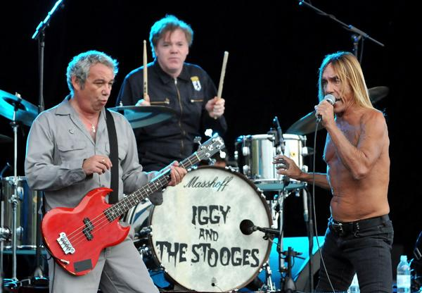 Listen: Iggy and the Stooges Ignite with New Single, 'Burn'