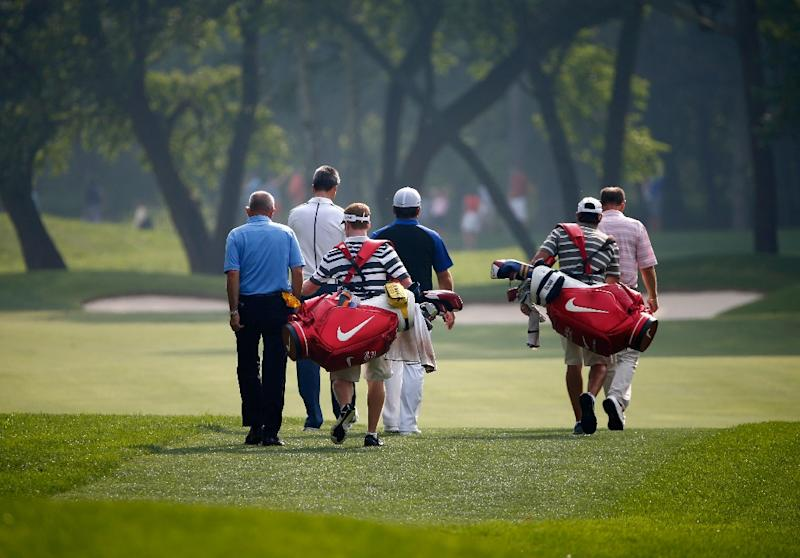 There are 34,011 golf courses and facilities around the world