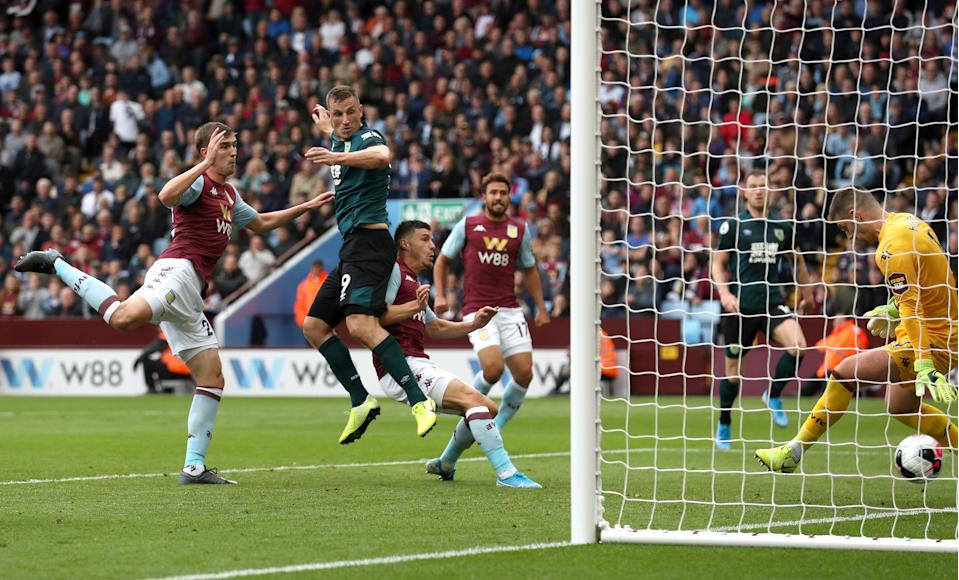 BIRMINGHAM, ENGLAND - SEPTEMBER 28 : Chris Wood of Burnley scores his team's second goal during the Premier League match between Aston Villa and Burnley FC at Villa Park on September 28, 2019 in Birmingham, United Kingdom. (Photo by Ian MacNicol/Getty Images)