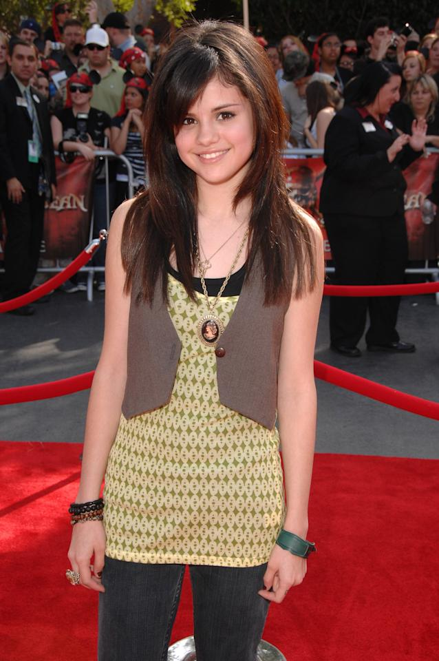 <p>She walked the red carpet at the Anaheim, CA, premiere of <b>Pirates of the Caribbean: At World's End</b>.</p>