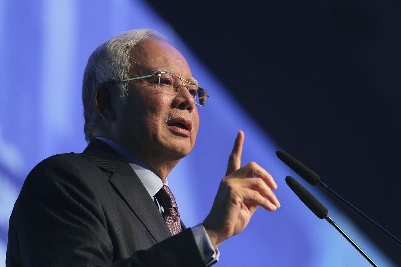Najib: 'Obsession' with Proton reason for poor public transport