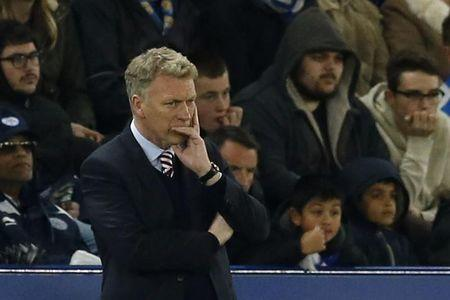 Sunderland manager David Moyes looks dejected