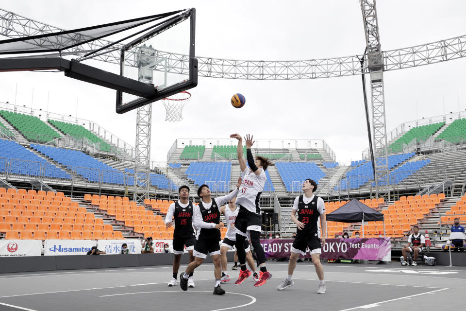 TOKYO, JAPAN - MAY 16: Soichiro Fujitaka #17 in action in the Men's semi-final match during the 3x3 Basketball Olympic test event at the Aomi Urban Sports Park on May 16, 2021 in Tokyo, Japan. (Photo by Kiyoshi Ota/Getty Images)