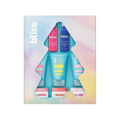 """<p>""""I have a lot of younger cousins, which means I need to find affordable gifts they'll actually love. My 17-year-old cousin is officially hitting that age where she cares about her skin-care routine, which makes the <span>Bliss Merry Blissmas Skincare Set</span> ($20) the perfect gift for her. Not only is it packed with legit products that aren't too intense for her skin, but the packaging is also really cute and perfect for a high schooler who wants something that looks good and works."""" - Samantha Sasso, native beauty editor</p>"""