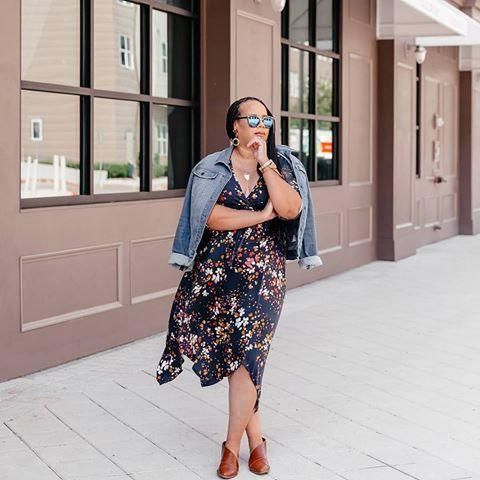 """<p><a class=""""link rapid-noclick-resp"""" href=""""https://go.redirectingat.com?id=74968X1596630&url=https%3A%2F%2Fwww.stitchfix.com%2Fiphone-app&sref=https%3A%2F%2Fwww.marieclaire.com%2Ffashion%2Fg2408%2Fbest-shopping-apps%2F"""" rel=""""nofollow noopener"""" target=""""_blank"""" data-ylk=""""slk:DOWNLOAD IT"""">DOWNLOAD IT</a></p><p>Aside from getting your clothing fix via this subscription retailer, you can quickly chat with stylists via the app to fine-tune your personal style. (You don't have to be a star to have a personal stylist!)</p><p><a href=""""https://www.instagram.com/p/CGAkDZghQHW/"""" rel=""""nofollow noopener"""" target=""""_blank"""" data-ylk=""""slk:See the original post on Instagram"""" class=""""link rapid-noclick-resp"""">See the original post on Instagram</a></p>"""