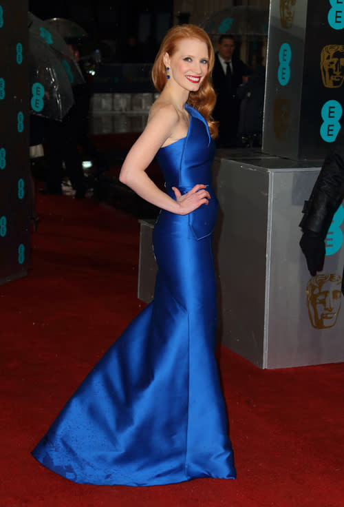 Jessica Chastain made a serious impact this this brilliant blue Roland Mouret asymetric gown. ©Getty