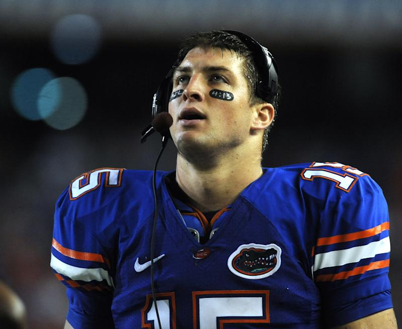 Florida quarterback Tim Tebow looks up at the scoreboard in the 2nd half of LSU Florida College NCAA football in Gainesville ,Fl, Saturday, Oct., 11, 2008. Florida defeated LSU 51-21. (AP Photo/Phil Sandlin)