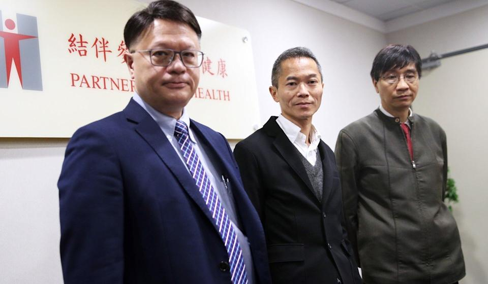 (From left) Professor Hui Shu-cheong, chairman of CHP's scientific committee on emerging and zoonotic diseases; Dr Wong Ka-hing, controller of the Centre for Health Protection; and Professor Yuen Kwok-yung from HKU. Photo: Winson Wong