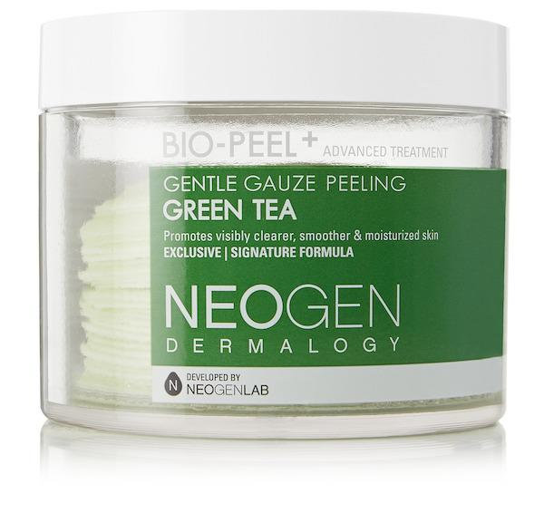 Neogen Dermalogy Gentle Gauze Peeling Green Tea. (PHOTO: Net-A-Porter)