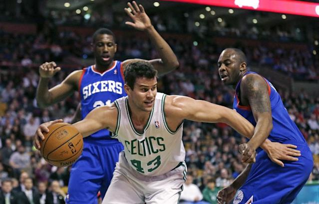 Sources: Kris Humphries gets $13M deal from Wizards