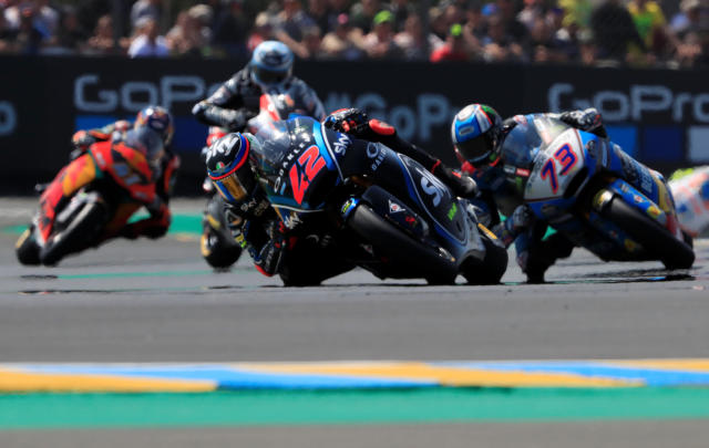 Motorcycling - Moto2 - French Grand Prix - Bugatti Circuit, Le Mans, France - May 20, 2018 SKY Racing Team VR46's Francesco Bagnaia and EG 0,0 Marc VDS' Alex Marquez during the race REUTERS/Gonzalo Fuentes
