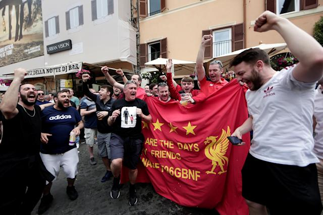 Liverpool supporters sing before the AS Roma vs Liverpool Champions League semi final soccer match in Rome, Italy, May 2, 2018. REUTERS/Yara Nardi