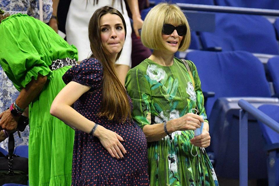 Editor-in-Chief of Vogue Anna Wintour (R) and daughter Bee Shaffer