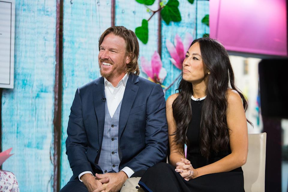 """""""Fixer-Upper"""" stars Chip and Joanna Gaines open up to Willie Geist about their love story and future plans.  (Photo: Nathan Congleton/NBCU Photo Bank/NBCUniversal via Getty Images via Getty Images)"""