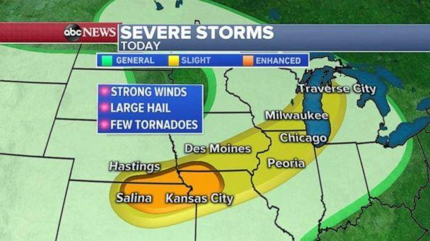PHOTO: Severe storms on Tuesday stretch from Kansas into Michigan. (ABC News)