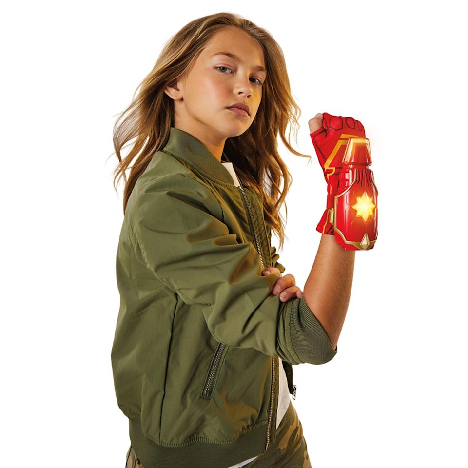 The Photo Power FX Glove will sell for $15.99. (Photo: Hasbro)