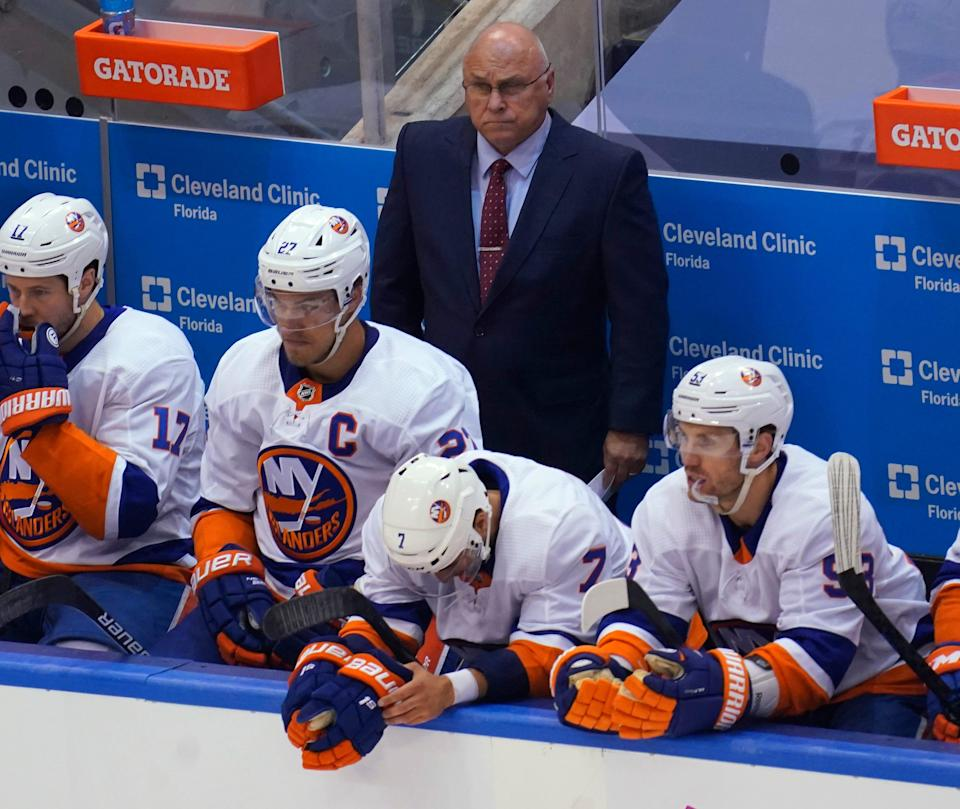 Islanders coach Barry Trotz will face the Capitals team he led to a Stanley Cup.