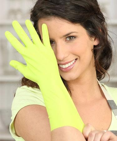 <b>Wear Gloves<br><br></b>Protect them by wearing rubber gloves while washing clothes and  utensils, gardening and any other activity that involves harsh  chemicals. This will prevent cracked fingertips and brittle nails.