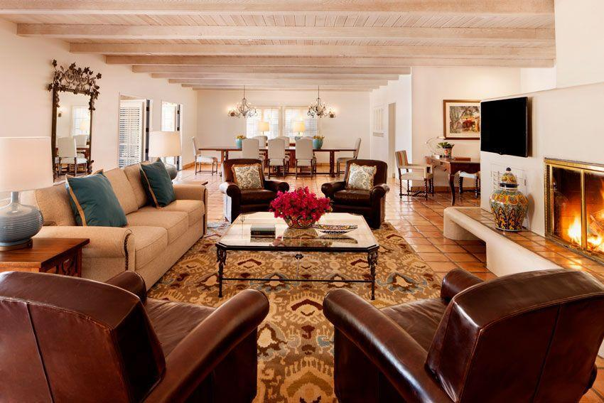 <p>Sry, just winding down in this massive living room...</p>
