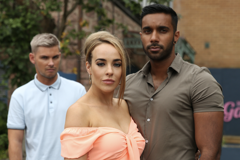 Stephanie Davis' Hollyoaks character Sinead O'Connor jilted Sami Maalik at the altar. (Lime Pictures)