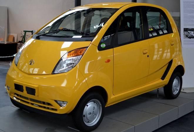 <p>Tata Nano; Price Range: Rs 2.34 to 3.26 lakh; Mileage: 22 kmpl </p>