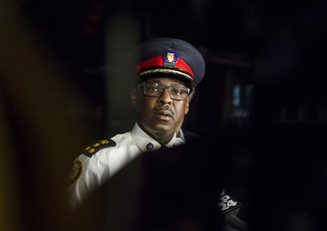 <p>Police Chief Mark Saunders, speaks, as Toronto Mayor John Tory, partially seen standing behind, listens, during a press conference following a mass shooting in Toronto on Monday, July 23, 2018. (Photo: Christopher Katsarov/The Canadian Press via AP) </p>