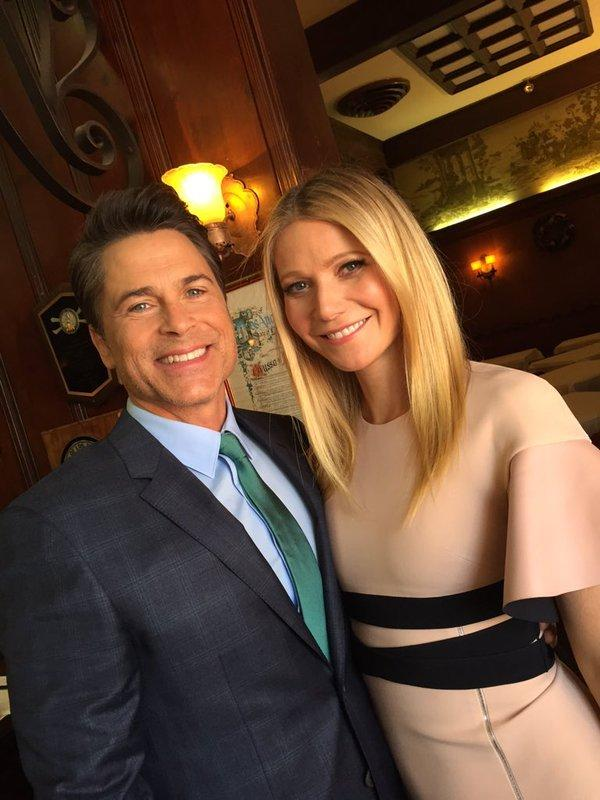 why gwyneth paltrow attended rob lowe s hollywood walk of. Black Bedroom Furniture Sets. Home Design Ideas
