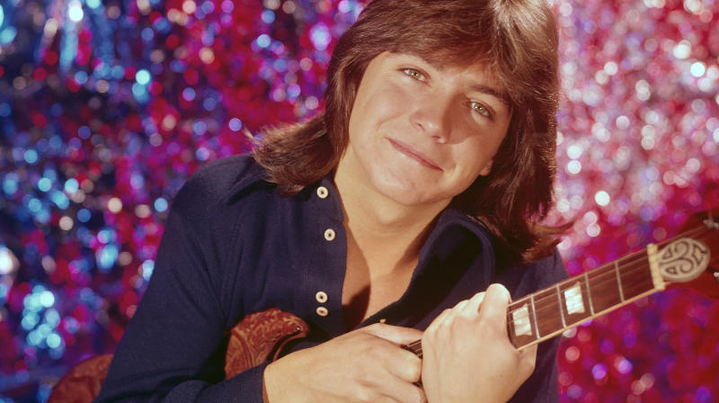 Celebrities Mourn David Cassidy's Death With Memories Of The Star