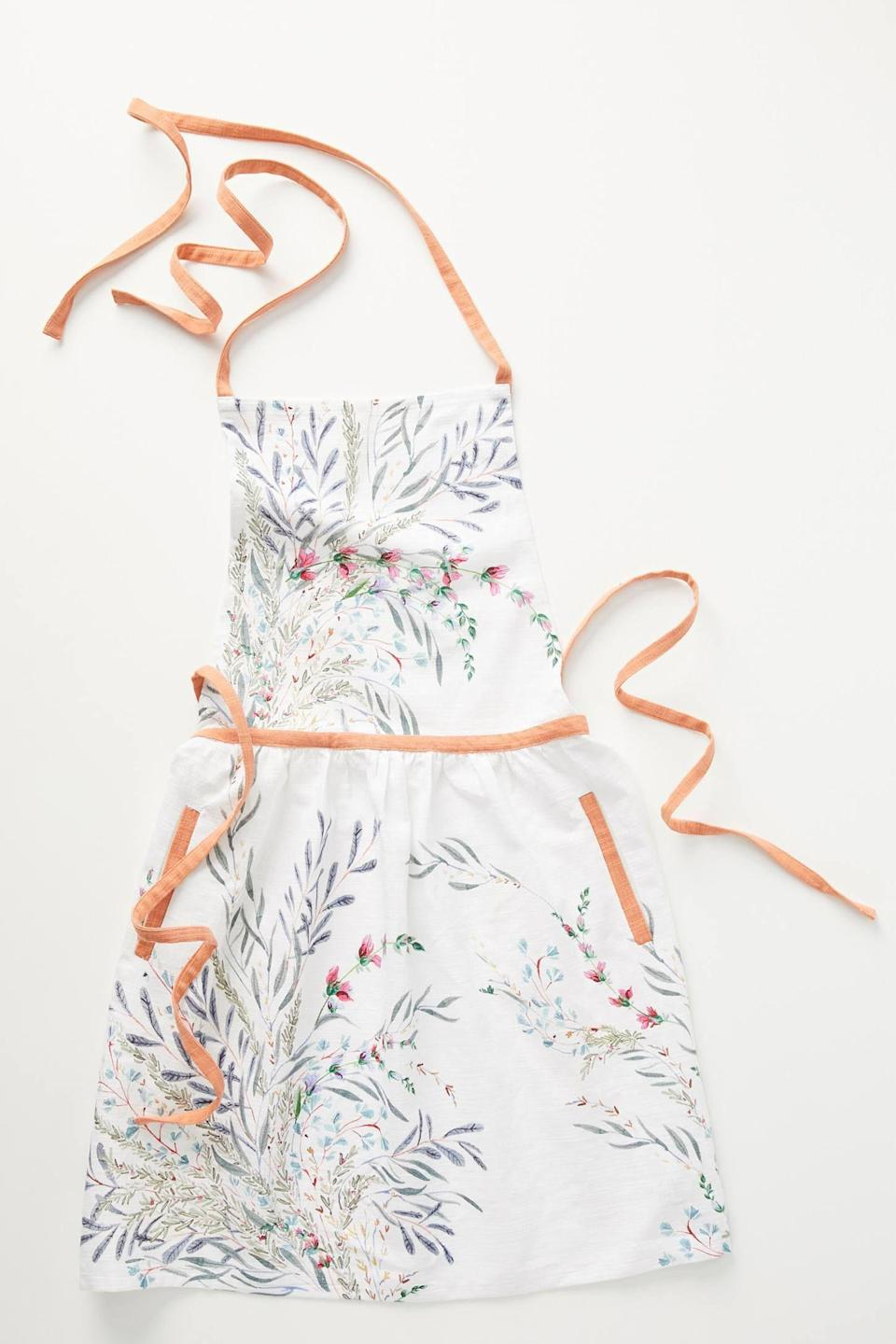 "<p><strong>Anthropologie</strong></p><p>anthropologie.com</p><p><strong>$34.00</strong></p><p><a href=""https://go.redirectingat.com?id=74968X1596630&url=https%3A%2F%2Fwww.anthropologie.com%2Fshop%2Fprintemps-apron&sref=https%3A%2F%2Fwww.cosmopolitan.com%2Flifestyle%2Fg32071922%2Fcancer-zodiac-gifts%2F"" rel=""nofollow noopener"" target=""_blank"" data-ylk=""slk:Shop Now"" class=""link rapid-noclick-resp"">Shop Now</a></p><p>No matter what Cancer is obsessed with cooking at the moment, spruce up their style in the kitchen by gifting them an apron with a fun and colorful print.</p>"