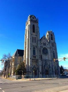 """<span class=""""caption"""">St. Ann's Catholic Church in Buffalo's East Side – once an anchor of the community – has struggled to stay in operation.</span> <span class=""""attribution""""><a class=""""link rapid-noclick-resp"""" href=""""https://commons.wikimedia.org/wiki/File:StAnnBuffalo.JPG"""" rel=""""nofollow noopener"""" target=""""_blank"""" data-ylk=""""slk:Andre Carrotflower"""">Andre Carrotflower</a>, <a class=""""link rapid-noclick-resp"""" href=""""http://creativecommons.org/licenses/by-nc-sa/4.0/"""" rel=""""nofollow noopener"""" target=""""_blank"""" data-ylk=""""slk:CC BY-NC-SA"""">CC BY-NC-SA</a></span>"""