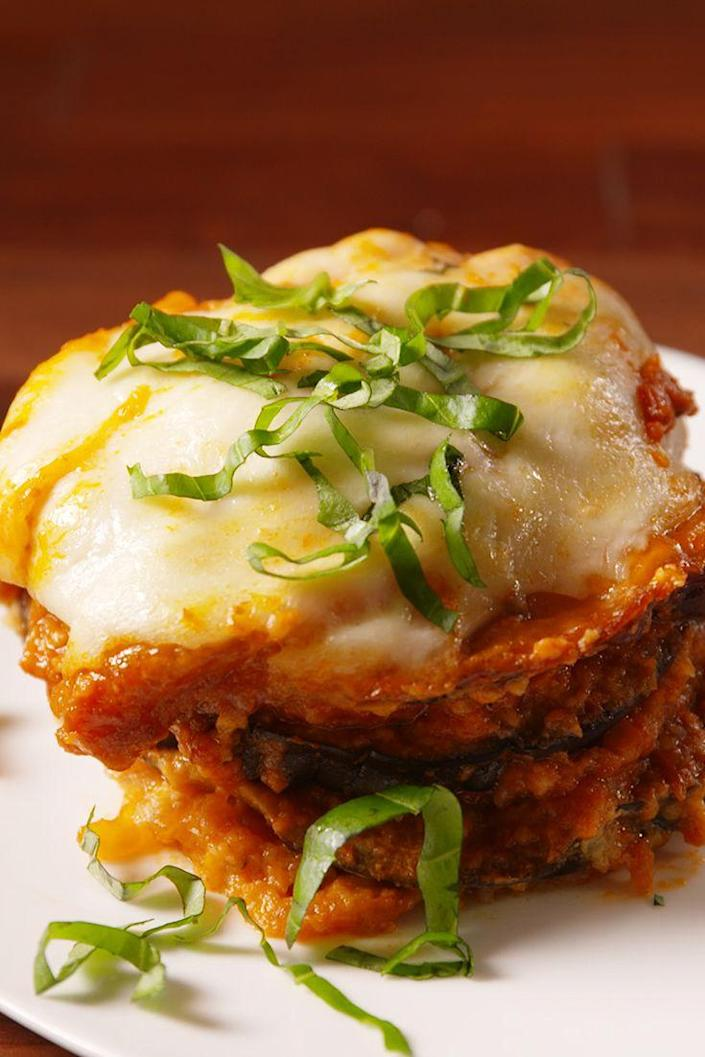 "<p>Perfect eggplant parm without the hassle of frying!</p><p>Get the recipe from <a href=""https://www.delish.com/cooking/recipe-ideas/recipes/a50701/slow-cooker-eggplant-parm-recipe/"" rel=""nofollow noopener"" target=""_blank"" data-ylk=""slk:Delish"" class=""link rapid-noclick-resp"">Delish</a>.</p>"