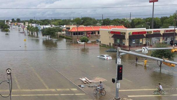 Texas govt provides Houston with 50 mln dollars for Harvey recovery