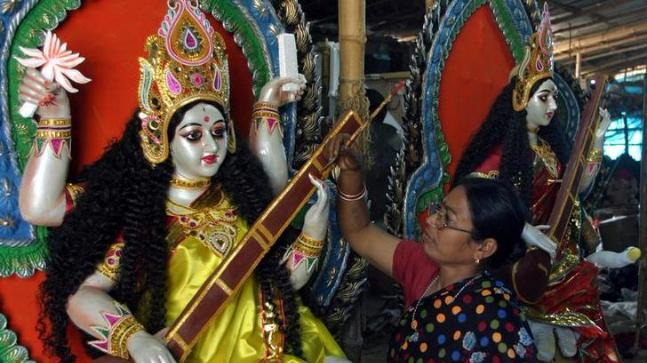 The notorious incident occurred at Green Star Club in the Dasnagar area of Howrah. The club has been organising their Saraswati Puja pandal since 25 years.